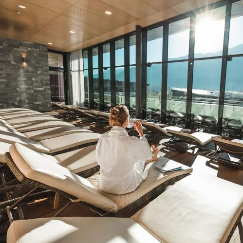 Relaxation area in the hotel panorama SPA | © TAUERN SPA Zell am See - Kaprun
