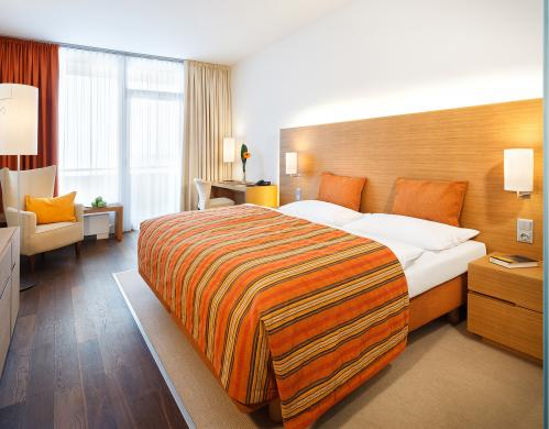 Double room premium at the 4*S resort | © TAUERN SPA Zell am See - Kaprun