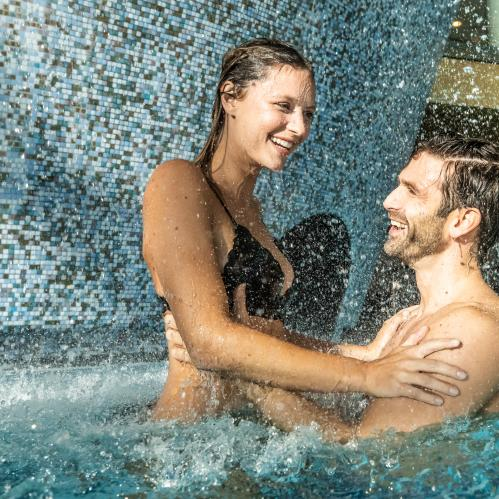 Fun in the SPA water world | © TAUERN SPA Zell am See - Kaprun