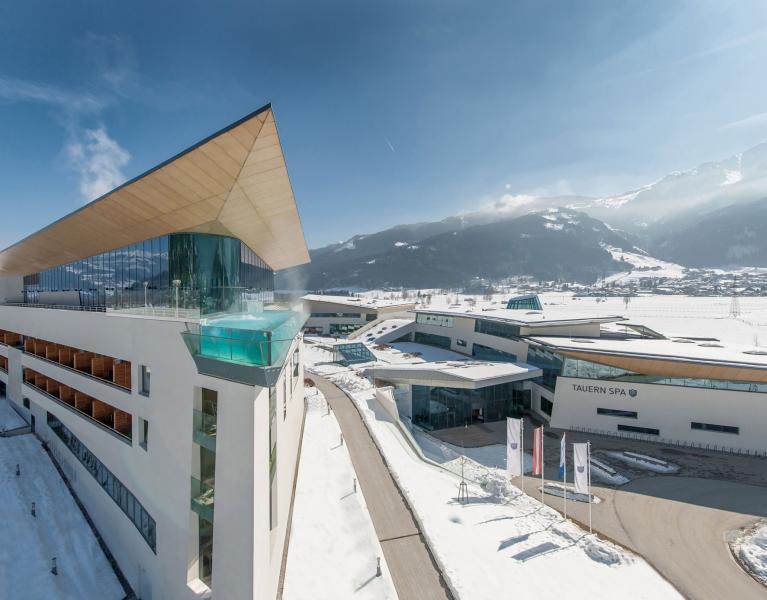 tauern spa kaprun winter